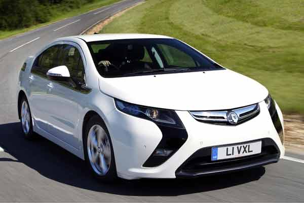 First Drive – Vauxhall Ampera