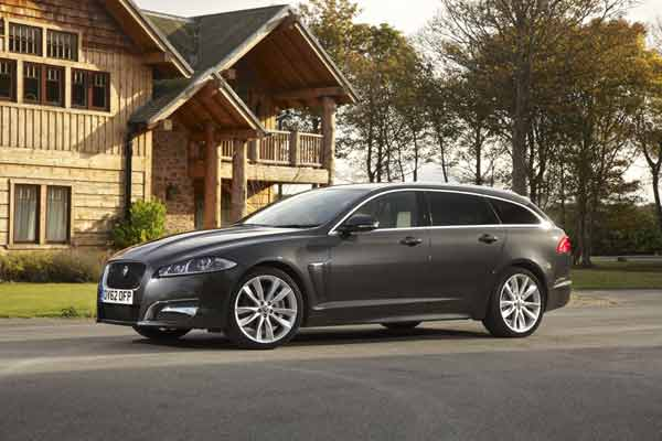 Jaguar XF Sportbrake Versus Mercedes CLS Shooting Brake