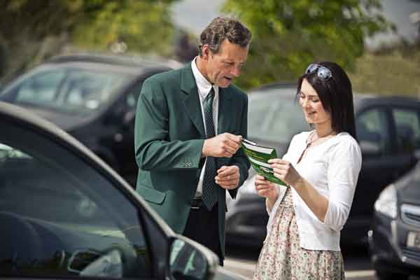 Holiday Car Hire – 10 Money Saving Tips