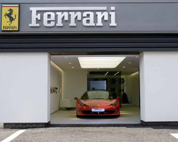 First Drive – Ferrari 458 Italia