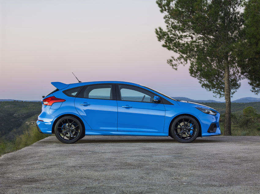 Ford's all-new Focus RS has raced up to 1,500 orders from UK buyers without a single test drive being taken