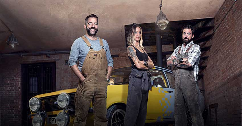 Three eccentric mechanics, Jimmy de Ville, Ant Partridge and Helen Stanley, are on a mission to bring the once Great British engineering company, Goblin, back to life