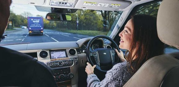 Only a third of women feel 'very comfortable' shopping for a car alone